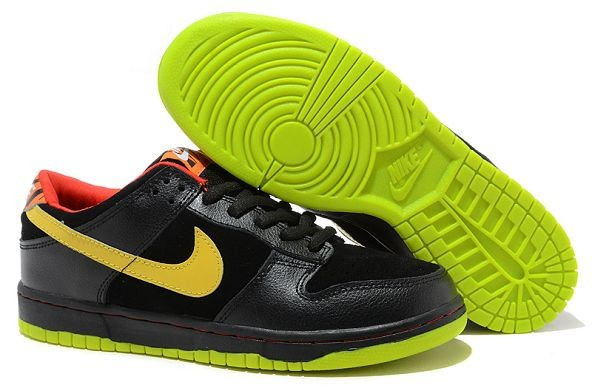 Mens Nike Dunk SB Low Shoes Black Yellow Green