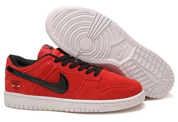 "Mens Nike Dunk SB Low Shoes ""Chicago Bulls"" Red"