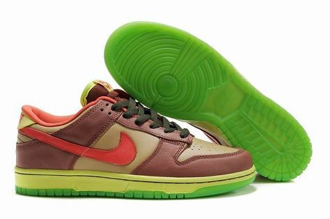 Mens Nike Dunk SB Low Shoes Premium Toxic Sea Robin Toxic Avenger