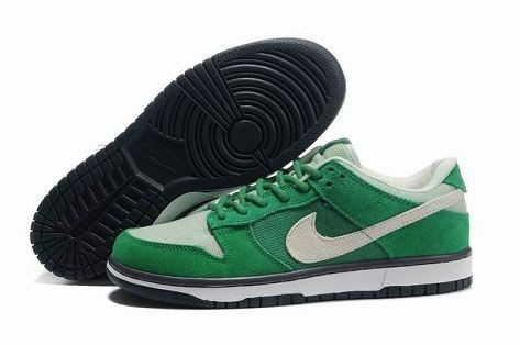 Mens Nike Dunk SB Low Shoes St Patty\'s Day March