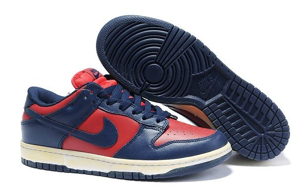 Mens Nike Dunk SB Low Shoes Vintage Varsity Red Midnight Navy
