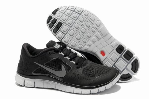 Mens Nike Free 5.0 V3 Black White Running Shoes