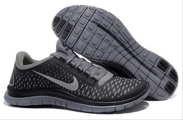 Mens Nike Free Run 3.0 V4 Black Reflect Silver Running Shoes