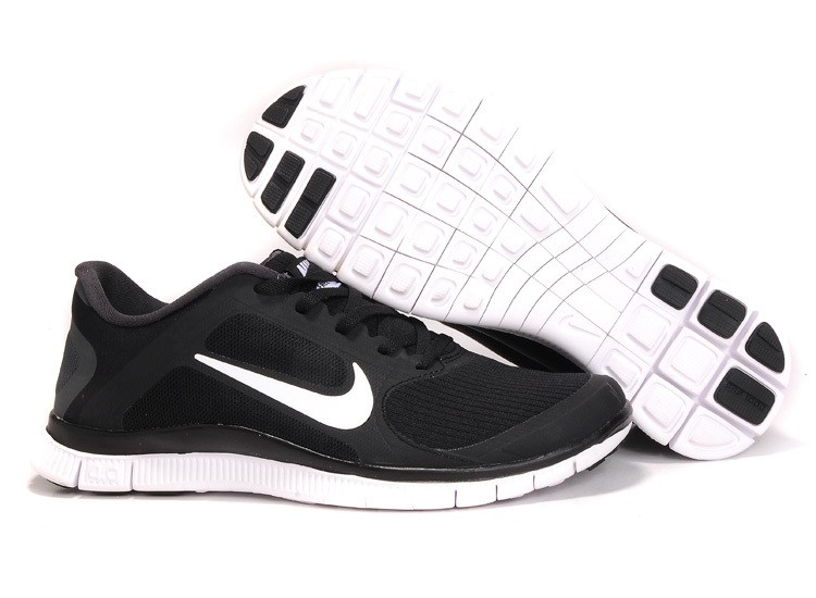 Mens Nike Free Run 4.0 V3 Black White Running Shoes