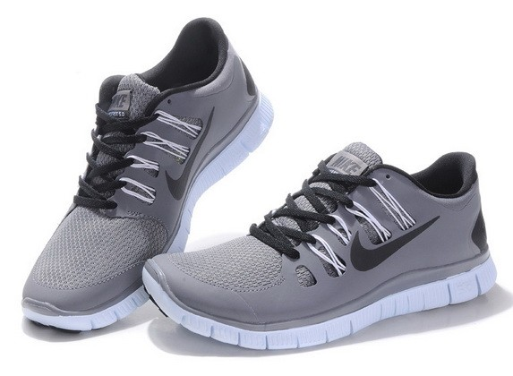 Mens Nike Free Run 5.0 V2 Grey Black Running Shoes