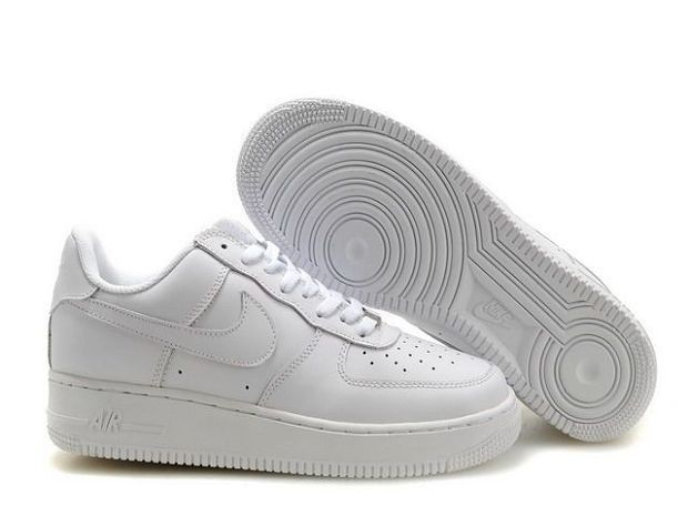 Nike Air Force 1 Low 07 Women\'s Shoe All White