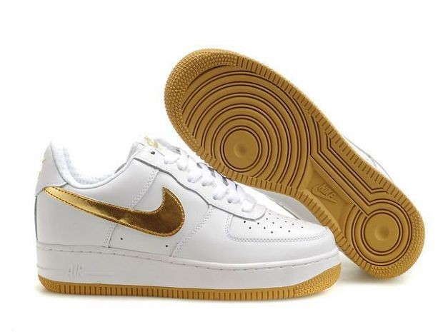 Nike Air Force 1 Low 07 Women's Shoe White Old Gold