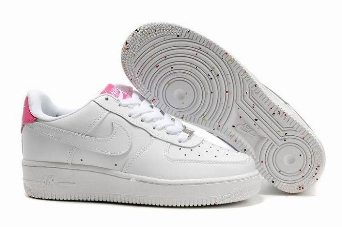 Nike Air Force 1 Low 07 Women's Shoe White Pink