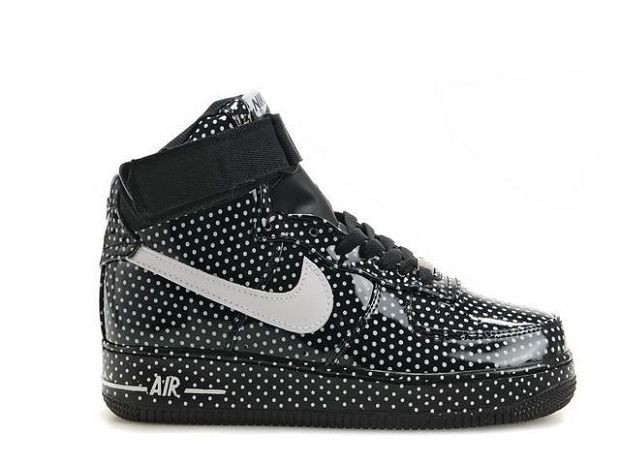 Nike Air Force 1 Mid 07 Women\'s Shoe Black White