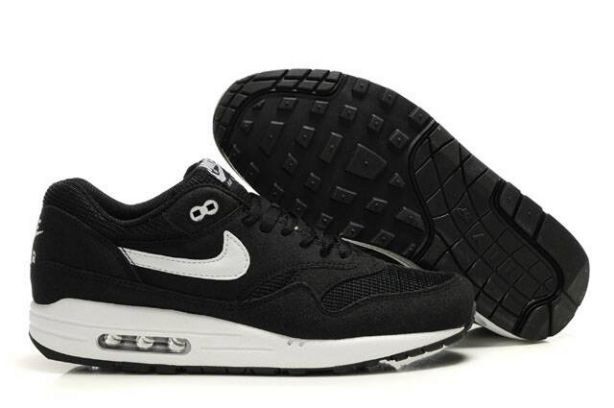 Nike Air Max 1 Mens Trainers Black White