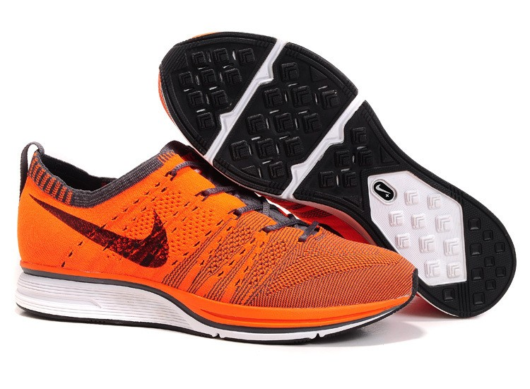 Nike Flyknit Trainer+ Woven Mens Running Shoes Total Orange