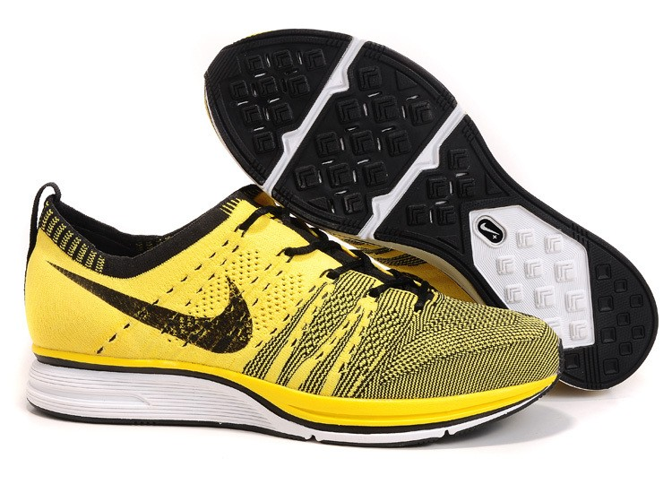 Nike Flyknit Trainer+ Woven Mens Running Shoes Yellow Black