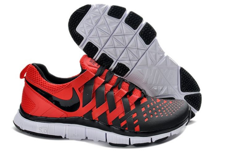 Nike Free Trainer 5.0 V4 Mens Pimento White Black Training Shoes