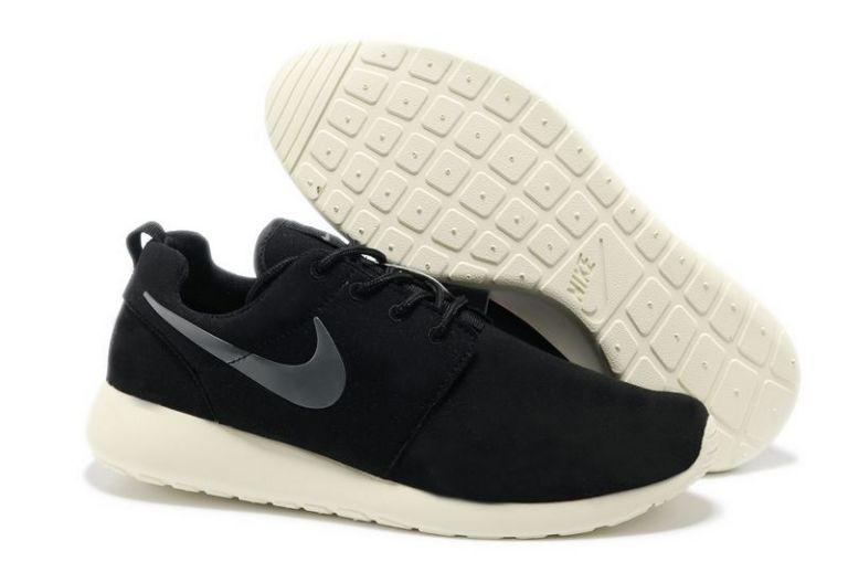 Nike Roshe Run Mens Running Shoes Black White Silver