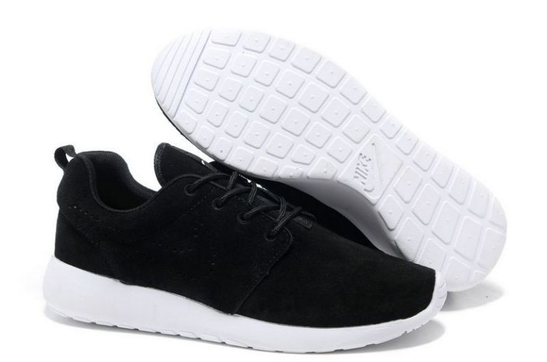 Nike Roshe Run Mens Running Shoes Black White