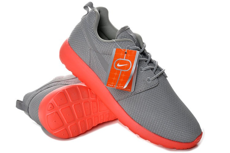 Nike Roshe Run Mesh Mens Trainers Gray Red