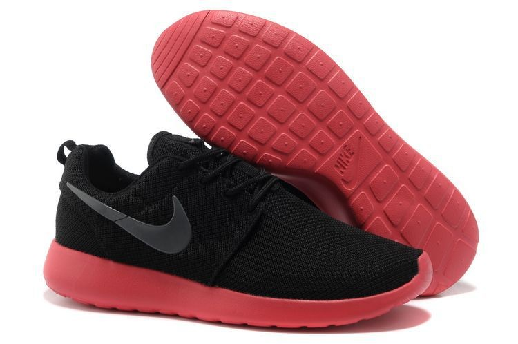 Nike Roshe Run Mesh Womens Trainers Black Red
