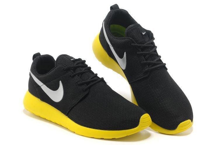 Nike Roshe Run Mesh Womens Trainers Black Yellow Silver