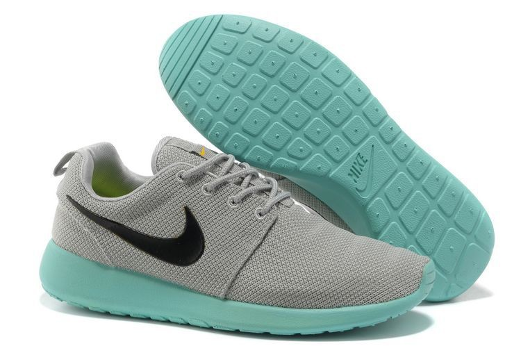 Nike Roshe Run Mesh Womens Trainers Gray Bamboo Green