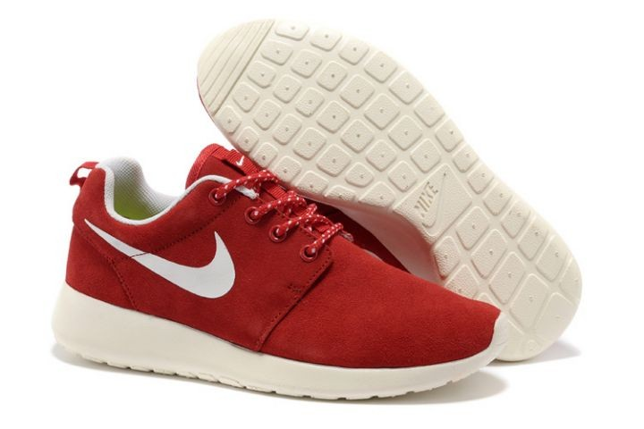 Nike Roshe Run Womens Running Shoes Red White