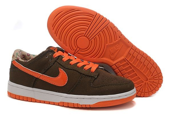 Womens Nike Dunk SB Low Shoes Dark Loden Team Orange Sand
